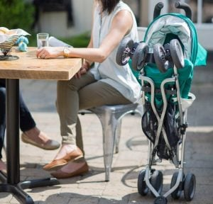 uppababy g-luxe self stand